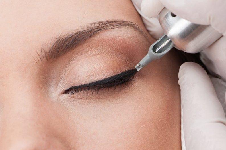 Akių permanentinis makiažas